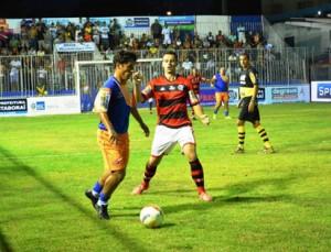 Flamengo não resistiu e foi superado pela equipe local. (Foto: Sandro Giron)
